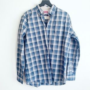 Wrangler Wrinkle Free Blue Plaid Button Down Shirt